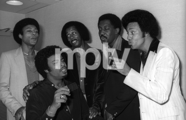 The Temptations in the Soul Train dressing room (Melvin Franklin, Otis Williams, Richard Street, Glenn Leonard, Dennis Edwards)circa 1978© 1978 Bobby Holland - Image 11308_0006