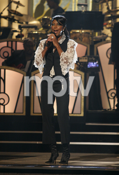 Natalie Cole performing live at the Kodak Theater in Hollywood for an Aretha Franklin Tribute 2006© 2006 Michael Jones - Image 11486_0009