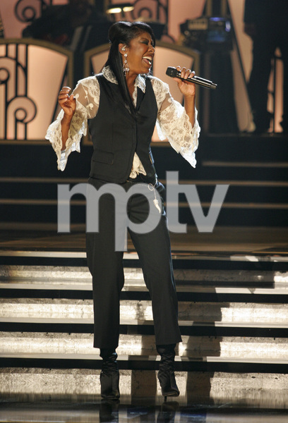 Natalie Cole performing live at the Kodak Theater in Hollywood for an Aretha Franklin Tribute 2006© 2006 Michael Jones - Image 11486_0014
