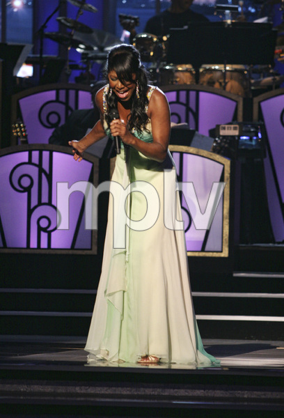 Natalie Cole performing live at the Kodak Theater in Hollywood for an Aretha Franklin Tribute 2006© 2006 Michael Jones - Image 11486_0021