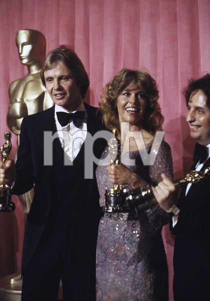 """The 51st Annual Academy Awards""Jon Voight, Jane Fonda, Michael Cimino1979 © 1979 Gunther - Image 11518_0047"