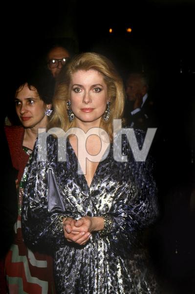 Catherine Deneuve, 1988 Golden Globes © 1988 Gary Lewis - Image 11528_0033