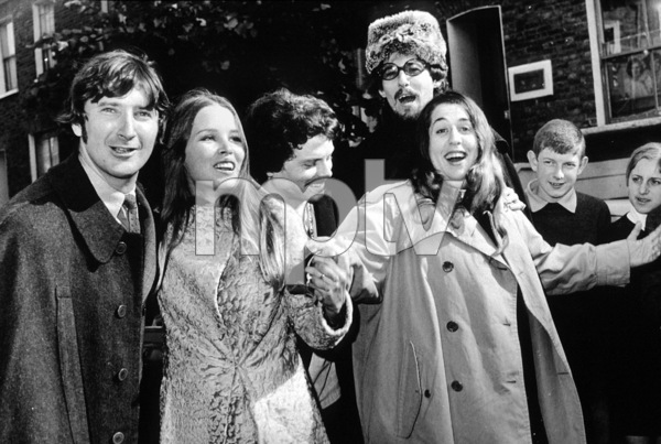 The Mamas and the Papas John Phillips, Michelle Phillips, Mama Cass Elliot, Denny Doherty October 1967 **I.V. - Image 11569_0004