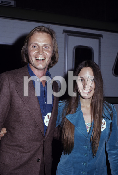 Jon Voight and Marcheline Bertrand1972© 1978 Gary Lewis - Image 11589_0013