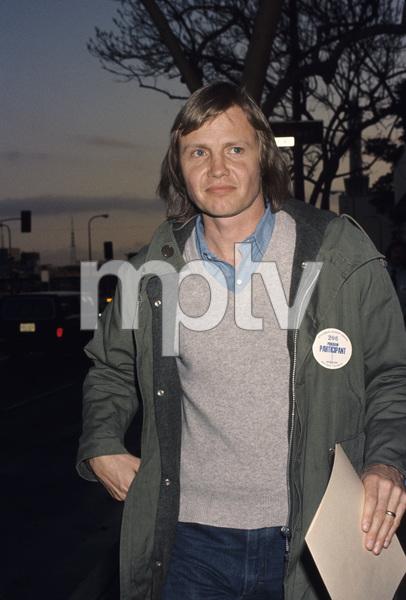 Jon Voight1975© 1978 Gary Lewis - Image 11589_0023