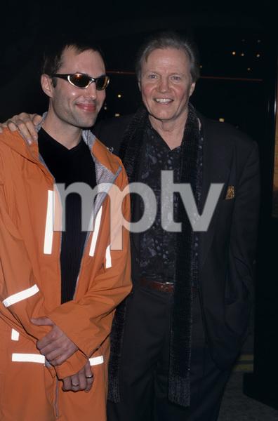 Jon Voight and son James2000© 2000 Gary Lewis - Image 11589_0027