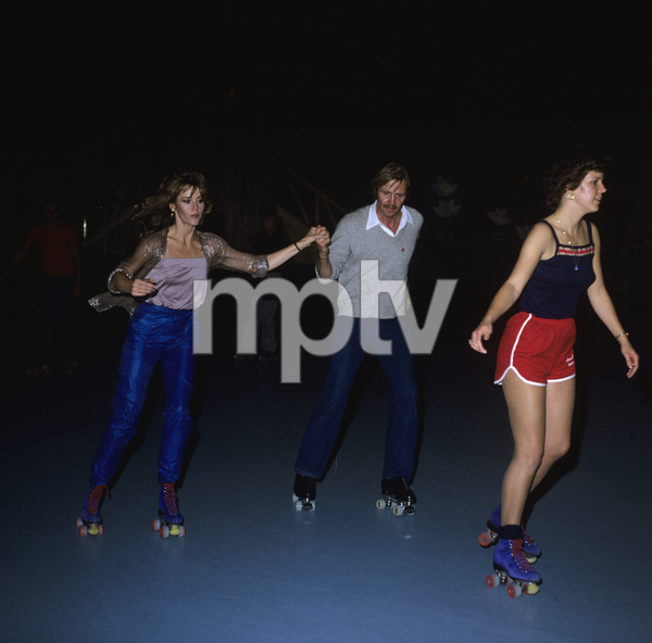 Jon Voight and Jane Fonda roller skating at Flipperscirca 1970s© 1978 Gary Lewis - Image 11589_0032
