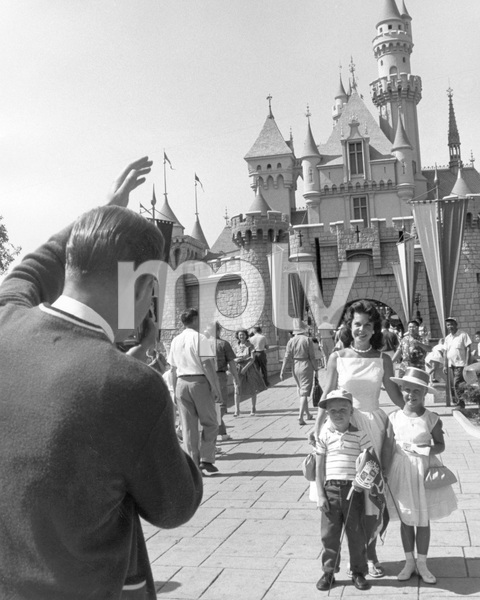 Disneylandcirca 1959 © 1978 David Sutton - Image 11598_0006
