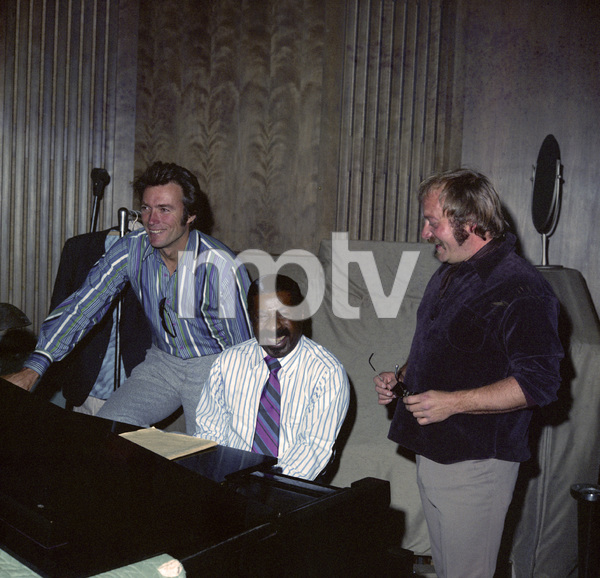 "Clint Eastwood and Erroll Garner in the studio working on the music for the film ""Play Misty for Me""1971** I.V. - Image 11690_0027"