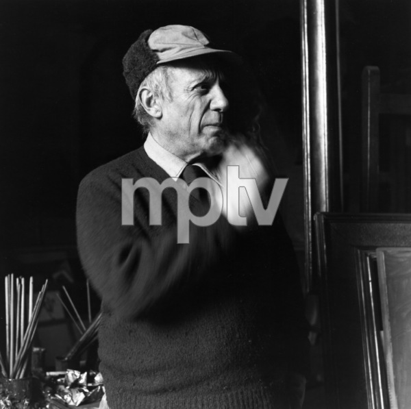 Pablo Picasso at his studio on Rue Des Grands Augustins in Pariscirca 1950 © 1978 Sanford Roth / LACMA - Image 12059_0009