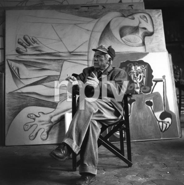 Pablo Picasso at his studio on Rue Des Grands Augustins in Pariscirca 1950s © 1978 Sanford Roth / LACMA - Image 12059_0011