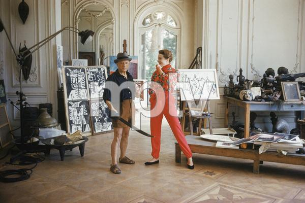 Pablo Picasso with French model Bettina Graziani in his Cannes Villa, La Californie 1955 © 2001 Mark Shaw  - Image 12059_0014