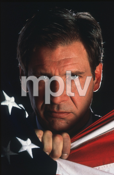 """Clear And Present Danger""Harrison Ford © 1994 ParamountPhoto by Bruce McBroom - Image 12134_0027"