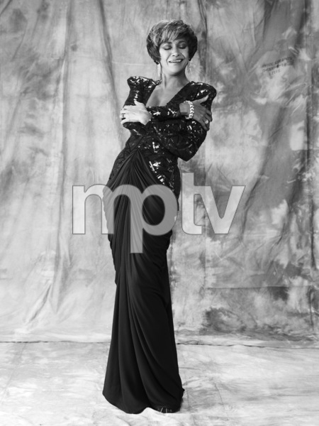 Nancy Wilson 1983 © 1983 Bobby Holland - Image 12161_0010