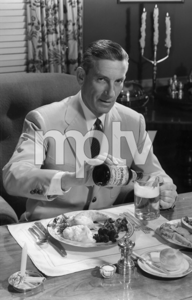 Hoagy Carmichael posing for a Rheingold beer advertisement, circa 1955. © 1978 Paul HesseMPTV - Image 12162_11