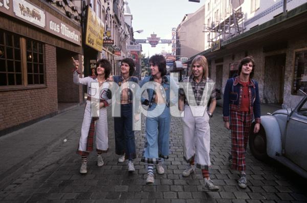 The Bay City Rollers (Stuart John Wood, Les McKeown, Alan Longmuir, Eric Faulkner, Derek Longmuir)circa 1974© 1978 Gunther - Image 12179_0020