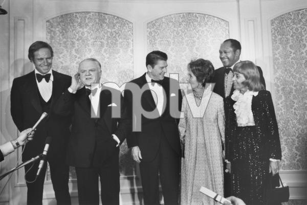 """James Cagney Award Celebration""Charlton Heston,James Cagney,Ronald and Nancy Reagan,Tom Bradley3-13-74 © 1978 Gunther - Image 12249_0001"