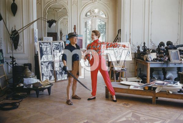 Pablo Picasso with French model Bettina Graziani in his Cannes Villa, La Californie 1955 © 2011 Mark Shaw - Image 12509_0025