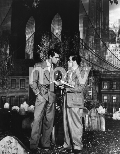 """Arsenic and Old Lace""Cary Grant, director Frank Capra1944** R.C. - Image 12782_0002"