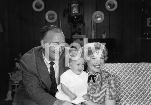Tom Harmon, Elyse Knox and their son, Markcirca 1950s© 1978 Sid Avery - Image 12980_0007