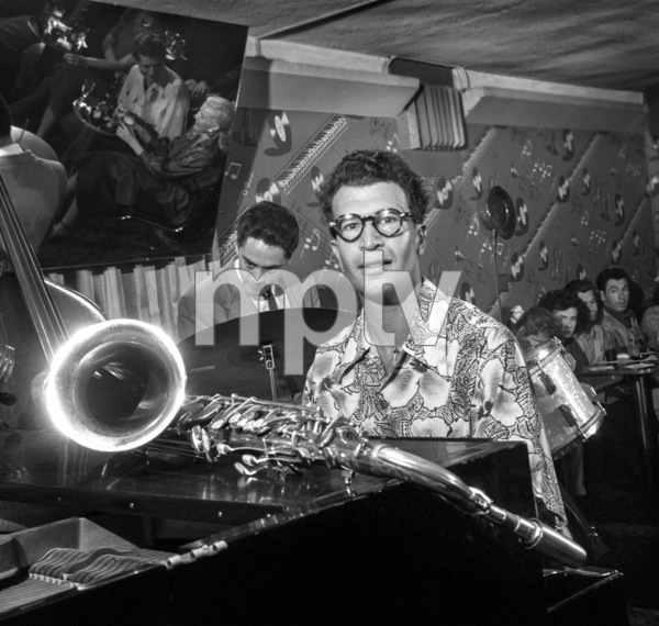 Dave Brubeck performing at the Tiffany Club in Los Angelescirca 1950s© 1978 Bob Willoughby - Image 13303_0300