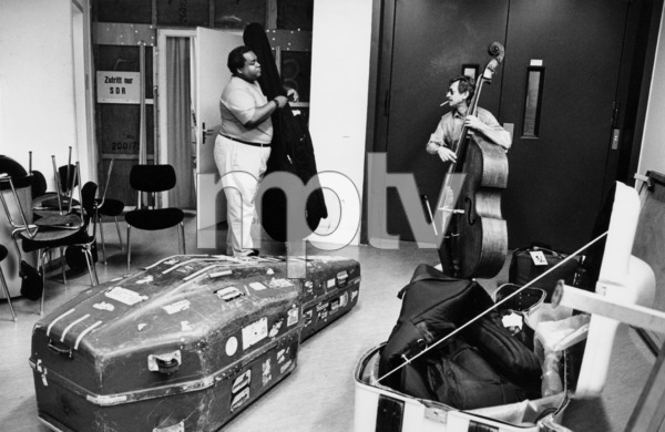 """Ray Drummond of N.Y. Jazz Giants backstage at the """"Jazz Gipfel"""" concert, Stuttgart, Germany, 1992. © 1978 Bob Willoughby / MPTV - Image 13382_40"""