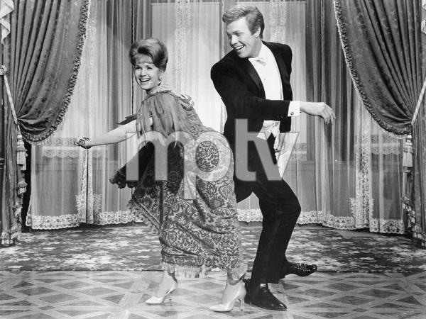 UNSINKABLE MOLLY BROWN, MGM 1964, DEBBIE REYNOLDS, HARVE PRESNELL, IV - Image 13800_0009