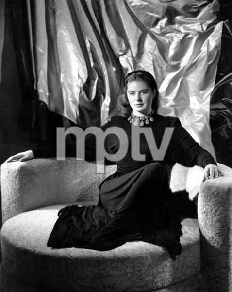 """""""Notorious""""Ingrid Bergman1946**I.V. - Image 1398_20"""