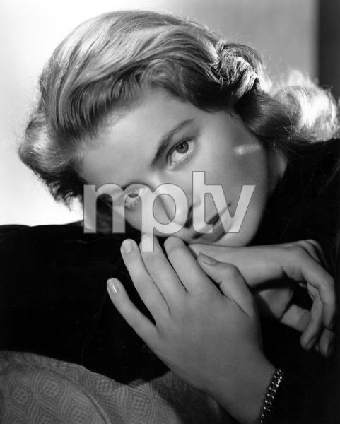 """""""Notorious""""Ingrid Bergman1946**I.V. - Image 1398_21"""