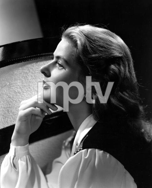 """""""Notorious""""Ingrid Bergman1946**I.V. - Image 1398_22"""