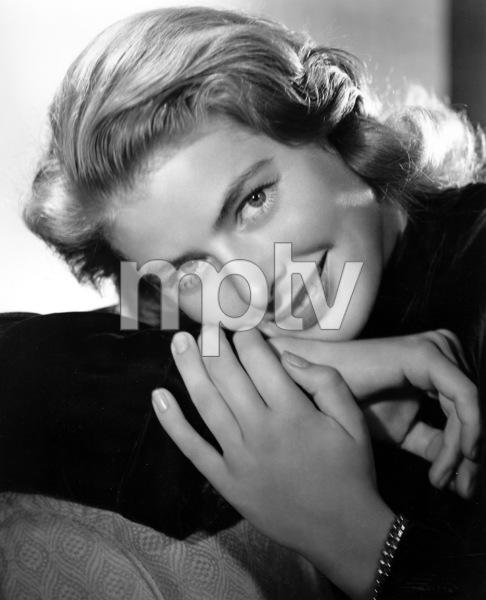 """""""Notorious""""Ingrid Bergman1946**I.V. - Image 1398_28"""