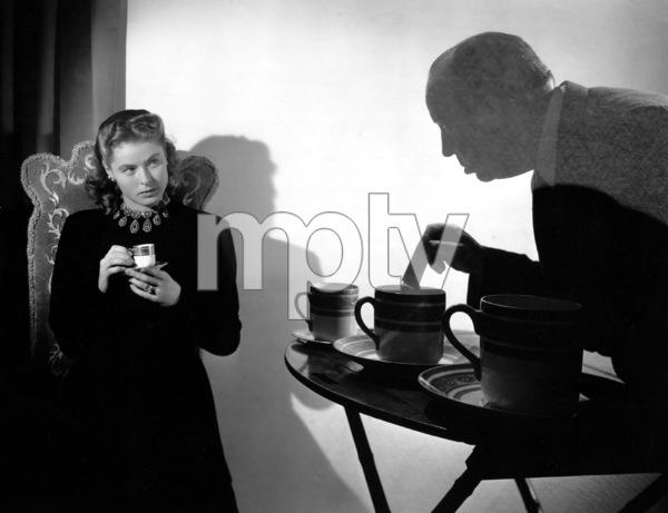 """Notorious""Ingrid Bergman, Alfred Hitchcock1946**I.V. - Image 1398_53"