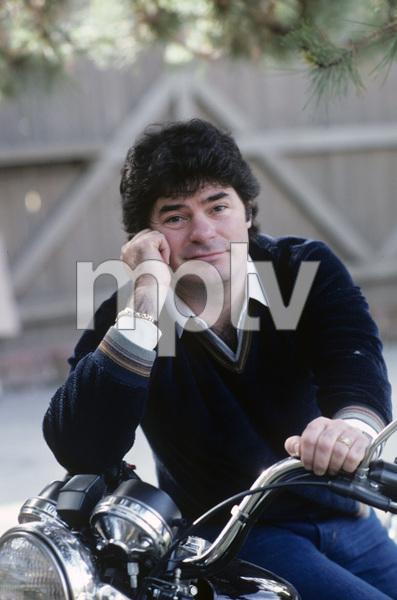 Frank Bonner at home1982 © 1982 Gene Trindl - Image 14426_0001