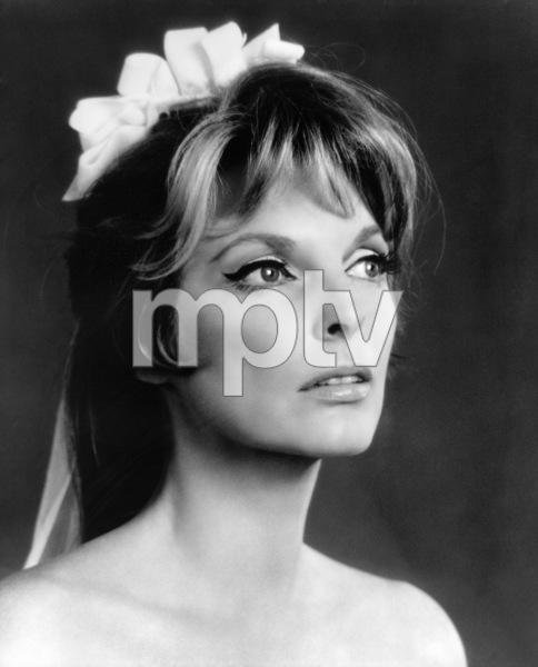 Julie London1967 © 1978 Gene Trindl - Image 14563_0002