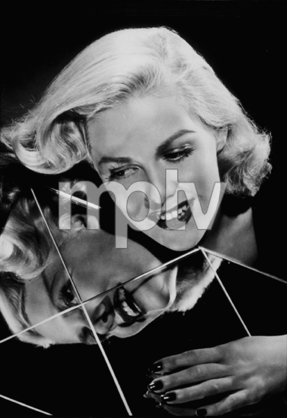 Janice Carter, c. 1946MPTV/ © 1978 Ned Scott Archive - Image 14671_0006