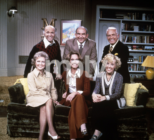 """The Mary Tyler Moore Show""Betty White, Gavin MacLeod, Mary Tyler Moore, Ed Asner, Georgia Engel, Ted Knight1973 - Image 1491_0003"