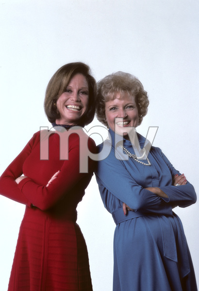 """The Mary Tyler Moore Show"" Mary Tyler Moore, Betty White 1976 © 1978 Ken Whitmore - Image 1491_0016"