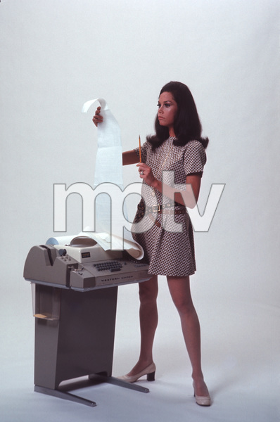 """""""The Mary Tyler Moore Show""""Mary Tyler Moore1970 © 1978 Gene Trindl - Image 1491_0026"""