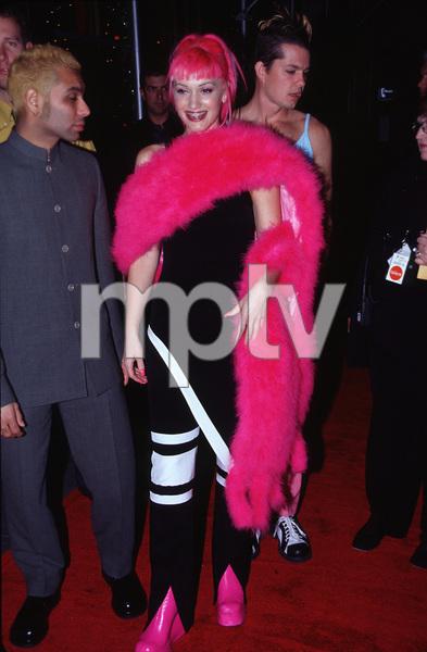 """""""VH1 Vogue Fashion Awards - 1999,""""Gwen Stefanie from """"No Doubt."""" © 1999 Ariel Ramerez - Image 15056_0026"""