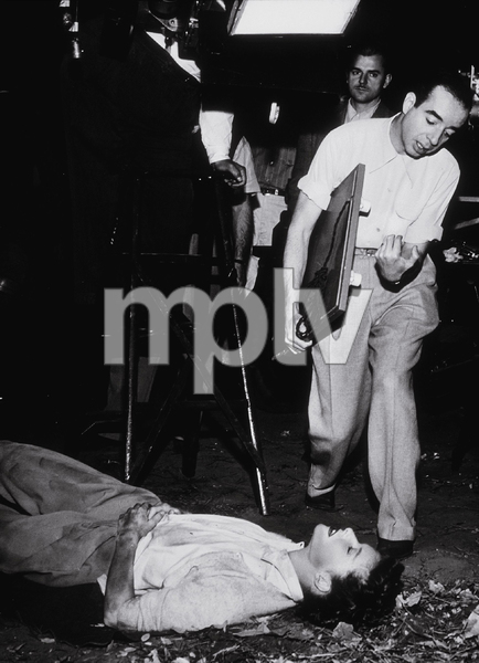 """Undercurrent""Director Vincente Minnelli and Katharine Hepburn 1946 MGM - Image 1509_0003"