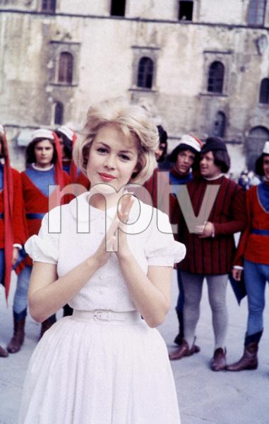 """Romanoff and Juliet""Sandra Dee1961 © 1978 Ampas / Sanford Roth - Image 1512_0008"