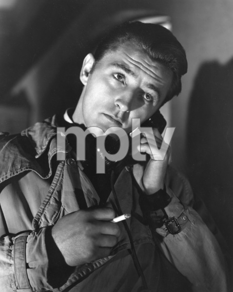 """""""Out of the Past""""Robert Mitchum1947 RKO**I.V. - Image 1552_0007"""