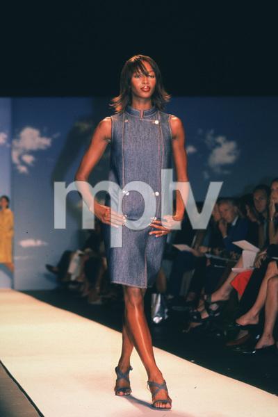 Naomi Campbell © 1999 Ariel Ramerez - Image 16108_0002