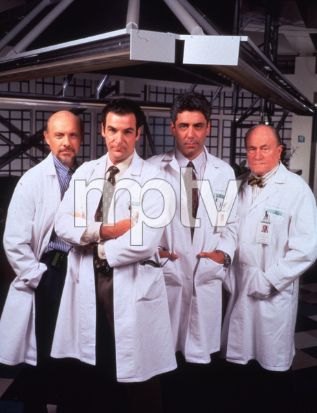 "1617-4 ""Chicago Hope""H. Elizondo, M. Patinkin, A. Arkin, and E.G. Marshall © 1994 20th/CBS/MPTV  - Image 1617_4"