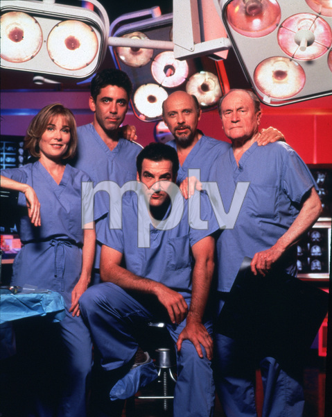 "1617-5 ""Chicago Hope""R. Hart, M. Patinkin, A. Arkin, and E.G. Marshall. © 1994 20th/CBS/MPTV - Image 1617_5"