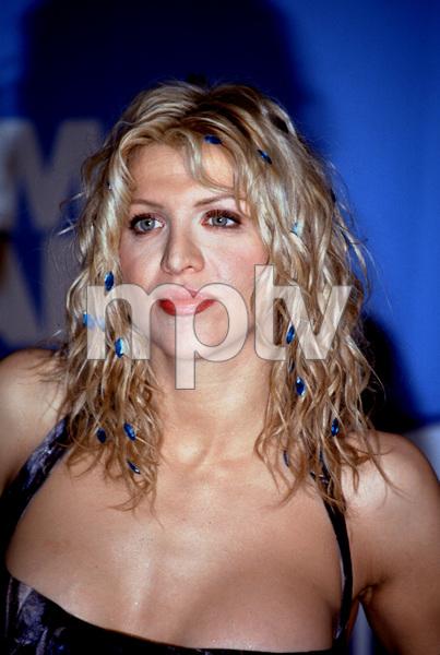 """Courtney Love at the""""1998 Billboard Music Awards,"""" © 1998 Scott Weiner - Image 16226_0001"""