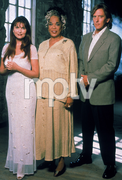 """Touched by an Angel""Roma Downey, John Dye, Della Reese © 1998 CBS - Image 16332_0001"
