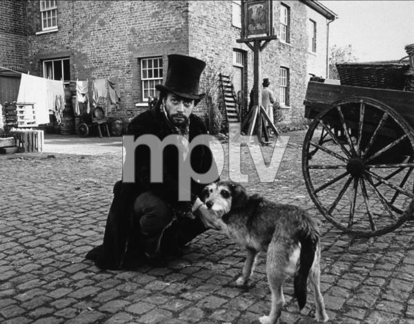 """Oliver Twist""Tim Curry1982 / CBS © 1982 John Jay - Image 16374_0018"