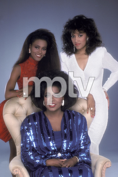 """""""The Women of Brewster Place"""" Oprah Winfrey, Robin Givens, Jackee Harry 1989 © 1989 Mario Casilli - Image 16523_0008"""