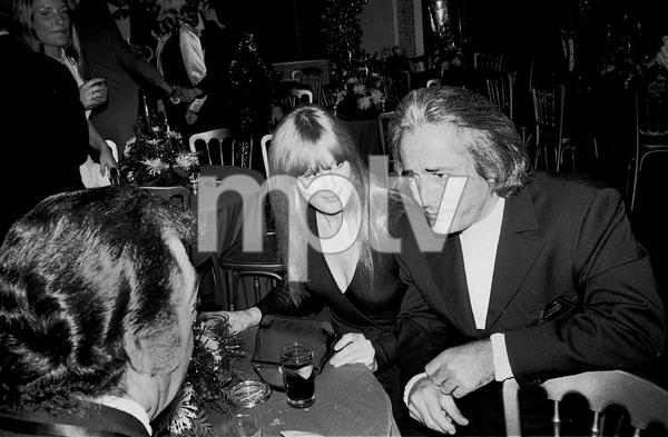 John Wayne PartyJohn Derek, Linda Evans1972 © 1978 Ernest Reshovsky - Image 16529_0002